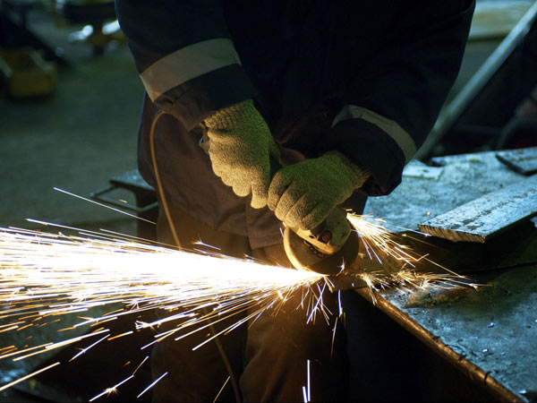 Carpenterie-per-impianti-macchine-industriali-faenza