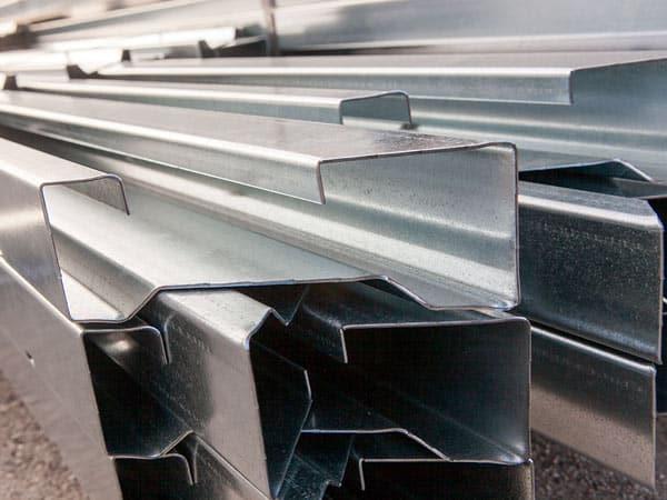 Produzione-lamiere-in-acciaio-inox-imola