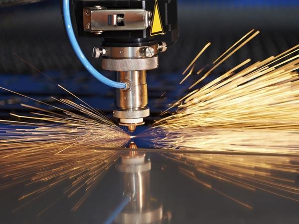 Carpenteria-metallica-lavorazione-lamiere-modena