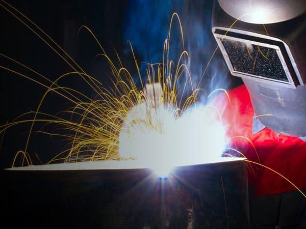 Lavorazioni-meccaniche-tig-con-elettrodo-modena
